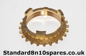 Standard 8 10 Pennant Late Gearbox 3/4th Gear Synchro cup