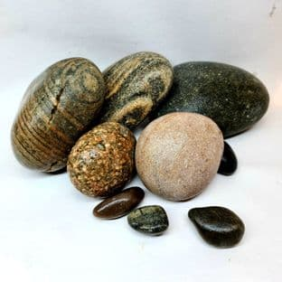 Rounded River Stones Mixed (Scottish Pebbles) - Per Kg