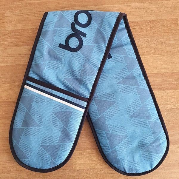 Home 89 Kit Oven Glove