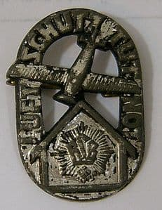 German Pin Badge - Anti-Aircraft Defence Force - WWI Luftschutz