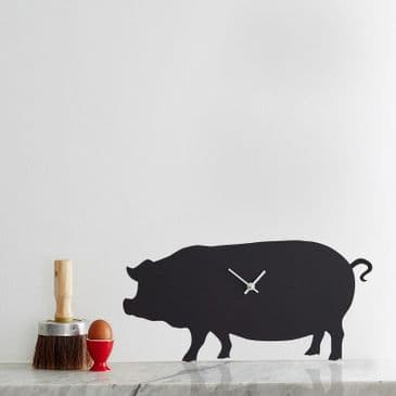 PIG CLOCK  WITH WAGGING TAIL