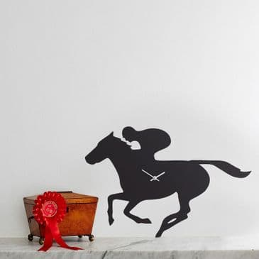 RACEHORSE CLOCK  WITH WAGGING TAIL