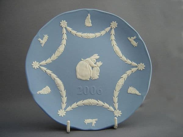 Peter Rabbit 2006 Plate, Blue Jasperware