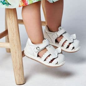 Mayoral Baby Girls White Leather Sandals With Bows - 41238