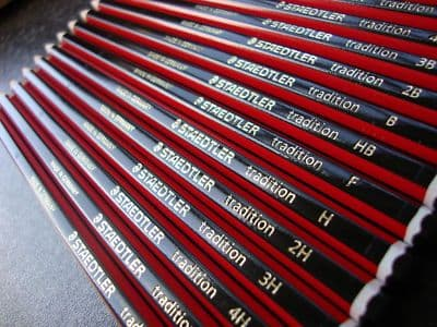 12 x STAEDTLER TRADITION PENCILS DRAWING SKETCHING ART