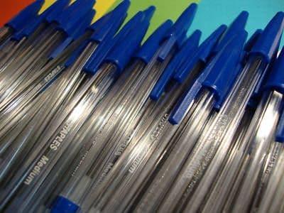 BLUE BALLPOINT PENS x 100