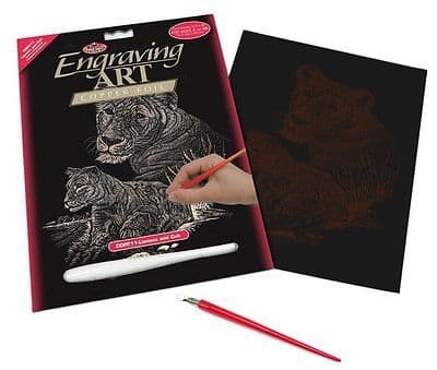 ENGRAVING ART SET - LIONESS & CUB (COPPER FOIL) by ROYAL & LANGNICKEL