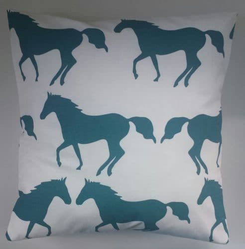"16"" Cushion Cover in Anorak Kissing Horses"